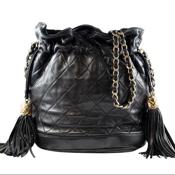 6168cc4f5331 CHANEL Handbags - Authentic Vintage Chanel bucket bag